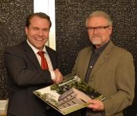Martin Mertens und LKA-Direktor a.D. Hartmut Rohmer